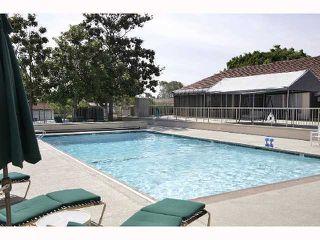 Photo 8: ENCINITAS Condo for sale : 2 bedrooms : 1990 Springdale Ln