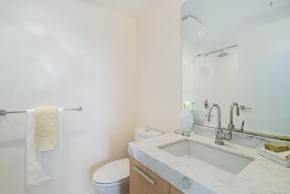 "Photo 14: 806 1351 CONTINENTAL Street in Vancouver: Downtown VW Condo for sale in ""MADDOX"" (Vancouver West)  : MLS®# R2147393"