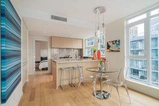 "Photo 5: 806 1351 CONTINENTAL Street in Vancouver: Downtown VW Condo for sale in ""MADDOX"" (Vancouver West)  : MLS®# R2147393"