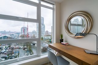 "Photo 13: 806 1351 CONTINENTAL Street in Vancouver: Downtown VW Condo for sale in ""MADDOX"" (Vancouver West)  : MLS®# R2147393"