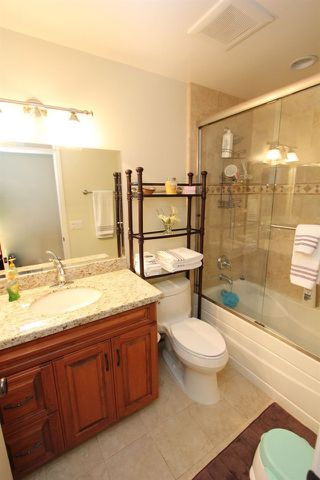 Photo 13: RANCHO BERNARDO House for sale : 4 bedrooms : 18336 LINCOLNSHIRE  Street in San Diego