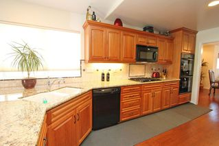 Photo 10: RANCHO BERNARDO House for sale : 4 bedrooms : 18336 LINCOLNSHIRE  Street in San Diego