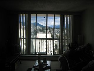 Photo 2: 1905 145 ST GEORGES Ave in North Vancouver: Home for sale : MLS®# V819249