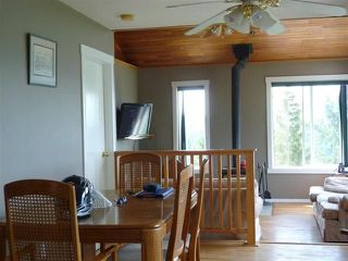 "Photo 3:  in Pender Harbour: Pender Harbour Egmont House for sale in ""GARDEN BAY"" (Sunshine Coast)  : MLS®# R2154492"