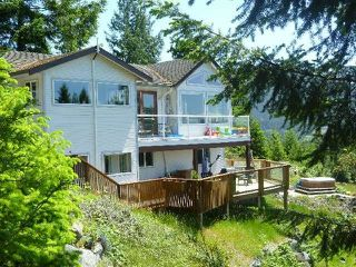 "Photo 2:  in Pender Harbour: Pender Harbour Egmont House for sale in ""GARDEN BAY"" (Sunshine Coast)  : MLS®# R2154492"