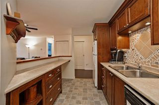 "Photo 4: 210 33165 OLD YALE Road in Abbotsford: Central Abbotsford Condo for sale in ""SOMMERSET RIDGE1"" : MLS®# R2161637"