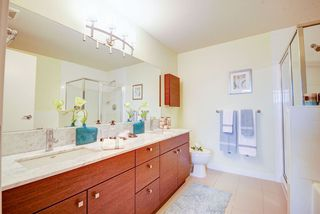 "Photo 4: 1803 6888 ALDERBRIDGE Way in Richmond: Brighouse Condo for sale in ""Flo"" : MLS®# R2164570"