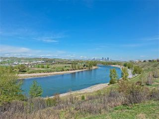 Photo 4: 504 LYSANDER Drive SE in Calgary: Ogden House for sale : MLS®# C4116400