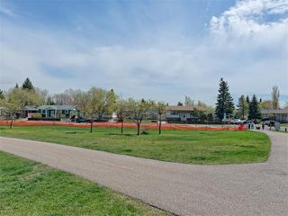 Photo 5: 504 LYSANDER Drive SE in Calgary: Ogden House for sale : MLS®# C4116400