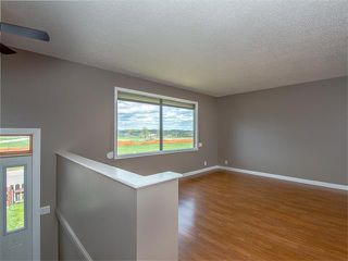 Photo 14: 504 LYSANDER Drive SE in Calgary: Ogden House for sale : MLS®# C4116400
