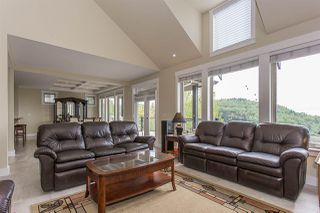 """Photo 6: 3327 BLOSSOM Court in Abbotsford: Abbotsford East House for sale in """"THE HIGHLANDS"""" : MLS®# R2167502"""