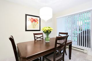 "Photo 5: 1 10050 154 Street in Surrey: Guildford Townhouse for sale in ""Woodland Grove"" (North Surrey)  : MLS®# R2169167"