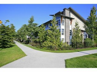 Photo 2: 5 6671 121 Street in Surrey: Home for sale : MLS®# F1417029