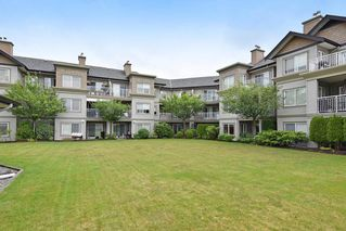 """Photo 14: 409 6359 198 Street in Langley: Willoughby Heights Condo for sale in """"The Rosewood"""" : MLS®# R2182917"""