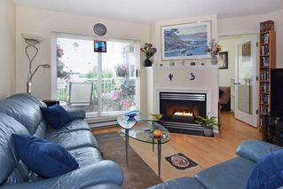 """Photo 2: 409 6359 198 Street in Langley: Willoughby Heights Condo for sale in """"The Rosewood"""" : MLS®# R2182917"""