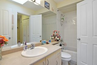 """Photo 9: 409 6359 198 Street in Langley: Willoughby Heights Condo for sale in """"The Rosewood"""" : MLS®# R2182917"""