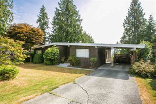 Photo 2: 2987 SURF Crescent in Coquitlam: Ranch Park House for sale : MLS®# R2197011