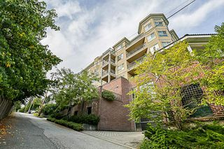 "Photo 1: 302 202 MOWAT Street in New Westminster: Uptown NW Condo for sale in ""SAUCILITO"" : MLS®# R2197318"
