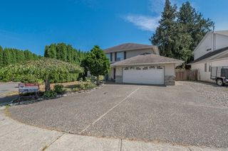 Photo 1: 44637 CUMBERLAND Avenue in Sardis: Vedder S Watson-Promontory House for sale : MLS®# R2197629