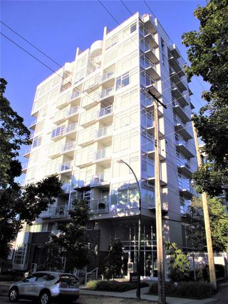 Photo 2: 303 2550 SPRUCE Street in Vancouver: Fairview VW Condo for sale (Vancouver West)  : MLS®# R2198621