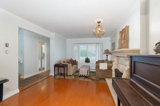 Photo 3: 2167 W 15TH Avenue in Vancouver: Kitsilano House 1/2 Duplex for sale (Vancouver West)  : MLS®# R2203885