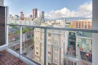 "Photo 15: 1006 550 TAYLOR Street in Vancouver: Downtown VW Condo for sale in ""Taylor"" (Vancouver West)  : MLS®# R2207122"