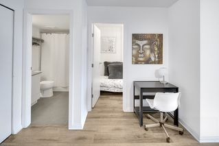 """Photo 10: 1006 550 TAYLOR Street in Vancouver: Downtown VW Condo for sale in """"Taylor"""" (Vancouver West)  : MLS®# R2207122"""