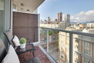 "Photo 14: 1006 550 TAYLOR Street in Vancouver: Downtown VW Condo for sale in ""Taylor"" (Vancouver West)  : MLS®# R2207122"