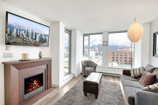 """Photo 4: 1006 550 TAYLOR Street in Vancouver: Downtown VW Condo for sale in """"Taylor"""" (Vancouver West)  : MLS®# R2207122"""