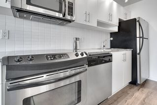 """Photo 5: 1006 550 TAYLOR Street in Vancouver: Downtown VW Condo for sale in """"Taylor"""" (Vancouver West)  : MLS®# R2207122"""