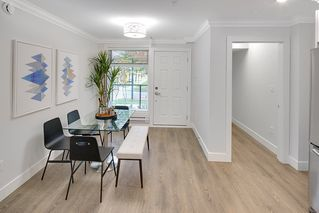 "Photo 4: 5196 CHAMBERS Street in Vancouver: Collingwood VE Townhouse for sale in ""Norquay Park Gardens"" (Vancouver East)  : MLS®# R2220073"