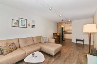 "Photo 3: 306 212 FORBES Avenue in North Vancouver: Lower Lonsdale Condo for sale in ""Forbes Manor"" : MLS®# R2226892"