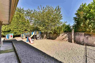 Photo 16: 8097 134 Street in Surrey: Queen Mary Park Surrey House for sale : MLS®# R2227167