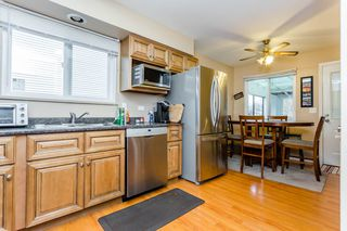 Photo 5: 867 WRIGHT Avenue in Port Coquitlam: Lincoln Park PQ House 1/2 Duplex for sale : MLS®# R2228873