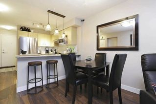 Photo 5: 316 332 LONSDALE AVENUE in North Vancouver: Lower Lonsdale Condo for sale : MLS®# R2224894