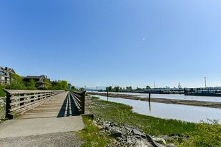 "Photo 14: 304 260 SALTER Street in New Westminster: Queensborough Condo for sale in ""Portage"" : MLS®# R2265061"