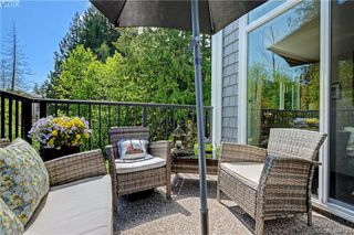 Photo 2: 202 595 Latoria Road in VICTORIA: Co Olympic View Condo Apartment for sale (Colwood)  : MLS®# 391722