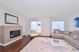 Photo 21: 12 1032 Cloverdale Ave in VICTORIA: SE Quadra Row/Townhouse for sale (Saanich East)  : MLS®# 790565