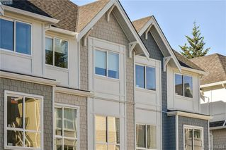 Photo 3: 12 1032 Cloverdale Ave in VICTORIA: SE Quadra Row/Townhouse for sale (Saanich East)  : MLS®# 790565