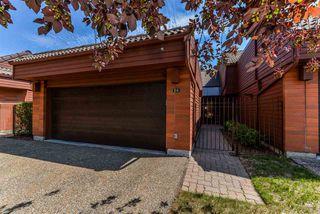 Main Photo: 24 500 LESSARD Drive in Edmonton: Zone 20 Townhouse for sale : MLS®# E4121074