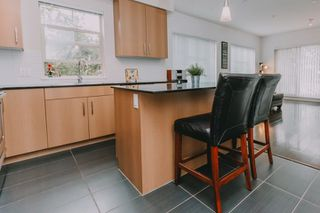 """Photo 4: 201 22290 NORTH Avenue in Maple Ridge: West Central Condo for sale in """"SOLO"""" : MLS®# R2294202"""