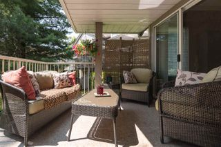 "Photo 8: 516 13900 HYLAND Road in Surrey: East Newton Townhouse for sale in ""HYLAND GROVE"" : MLS®# R2294948"