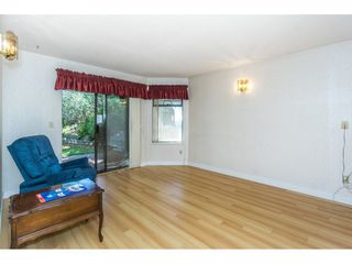"Photo 10: 102 15153 98 Avenue in Surrey: Guildford Townhouse for sale in ""GLENWOOD VILLAGE"" (North Surrey)  : MLS®# R2302083"