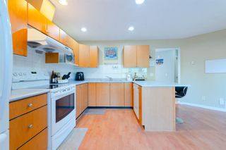 "Photo 5: 4 15450 101A Avenue in Surrey: Guildford Townhouse for sale in ""Canterbury"" (North Surrey)  : MLS®# R2315209"