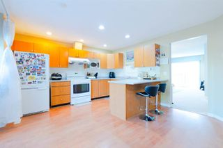 "Photo 4: 4 15450 101A Avenue in Surrey: Guildford Townhouse for sale in ""Canterbury"" (North Surrey)  : MLS®# R2315209"