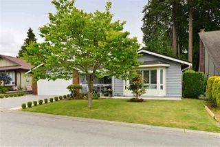 Photo 1: 1838 148A Street in Surrey: Sunnyside Park Surrey House for sale (South Surrey White Rock)  : MLS®# R2317048