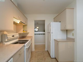 Photo 9: 303 456 Linden Avenue in SIDNEY: Vi Fairfield West Condo Apartment for sale (Victoria)  : MLS®# 401520