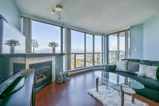 "Photo 6: 806 10899 UNIVERSITY Drive in Surrey: Whalley Condo for sale in ""THE OBSERVATORY"" (North Surrey)  : MLS®# R2326478"