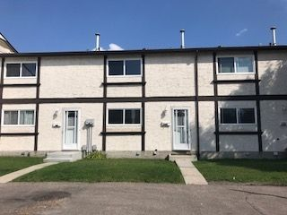 Main Photo:  in Edmonton: Zone 29 Townhouse for sale : MLS®# E4138087