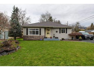 Main Photo: 46215 RIVERSIDE Drive in Chilliwack: Chilliwack N Yale-Well House for sale : MLS®# R2328603